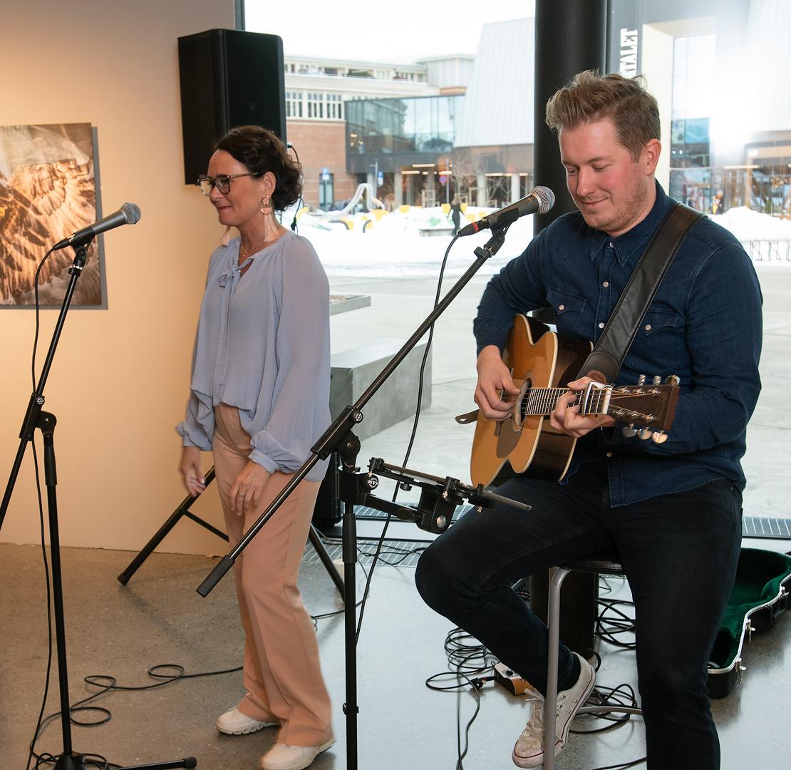 Wenche Dahle åpner utstilling